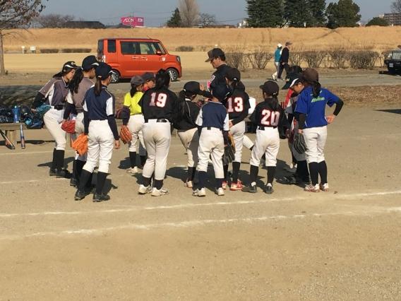 女子野球始動しました!